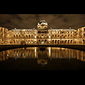2240688820_25879d4599_b-thomas_mcgowan-Louvre-by-night.jpg