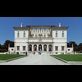 wiki-Galleria_borghese_facade.jpg